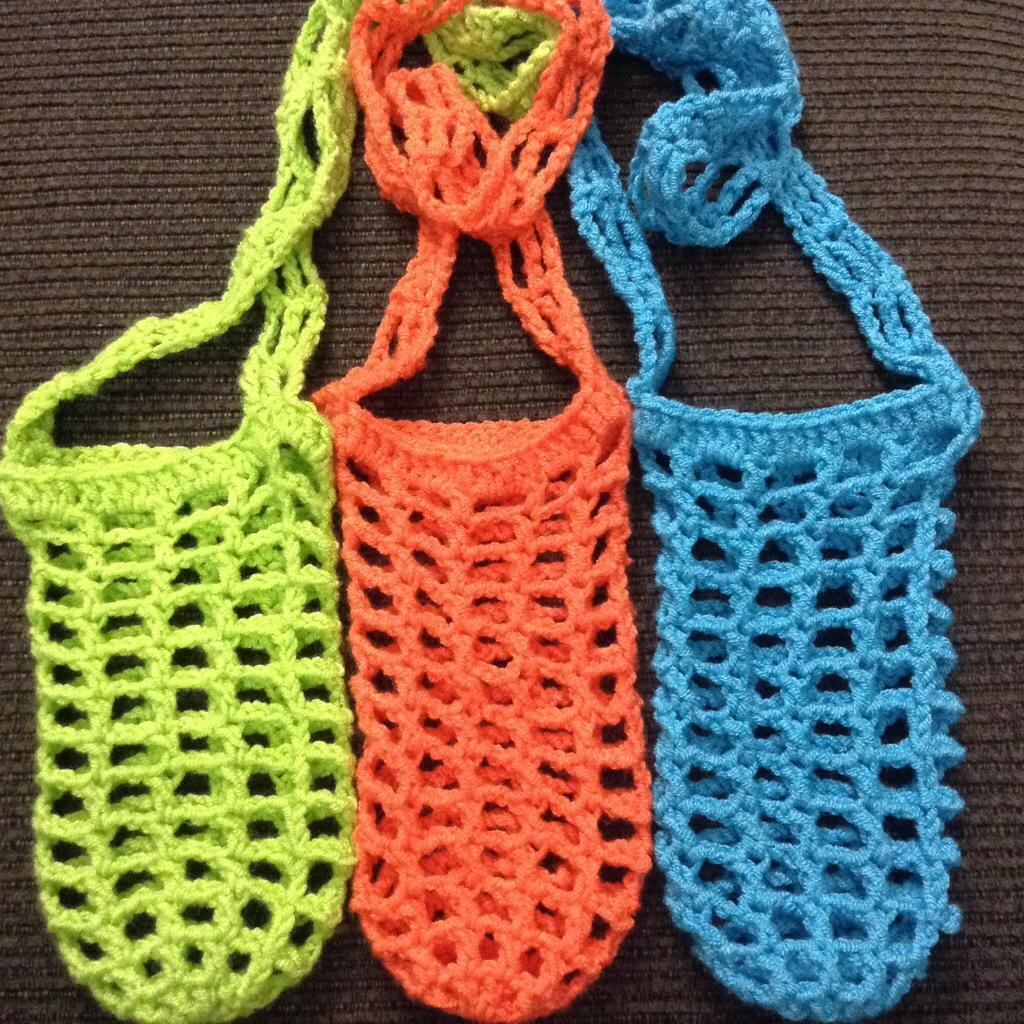 Free crochet pattern hiking hydration unit water bottle sling 20140523 140102 50462063g bankloansurffo Choice Image